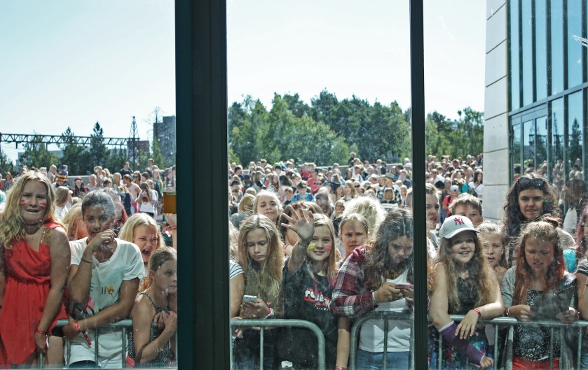 Finnish teenagers waiting outside Hartwall Arena to see their idols at Tubecon 2015